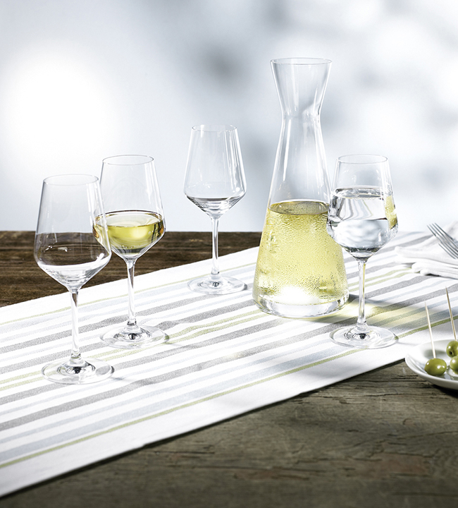 Harmony White Wine Set Of Glasses With Caraf